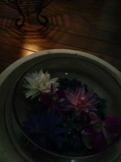 """""""イリス・クリシュナサロン『アロマトリートメント』にて*。゜。"""""""